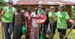 Meeting formidable female farming cooperatives in Uganda