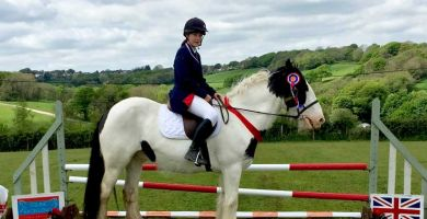 Livery show raises £400 for Farm Africa